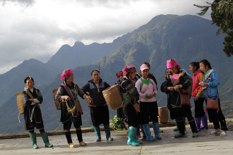 Hill tribe people in Sapa